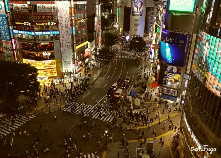 cruzamento de shibuya em tóquio