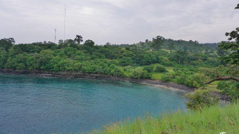 Pelo norte de São Tomé