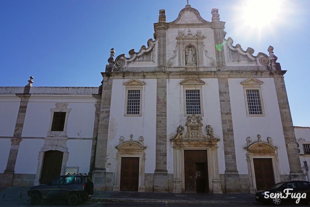 fachada igreja elvas