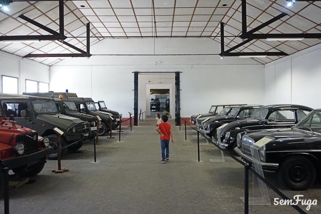 exposição veículos museu militar elvas